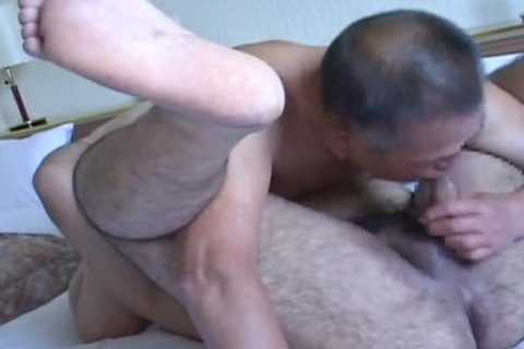 Romantic Sex betwixt Daddy And young Japanese Bear