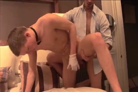 nailing with lad housekeeper in a hotel