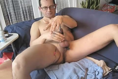 cocks, Estim,filthy dreams And a lot of Poppers Makes Me spunk