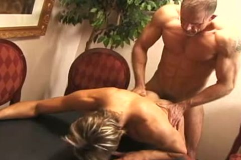 Hard policeman likes excited young backdoor