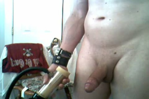 Dogboy receives Milked With Venus 2000 And Some Flexing:)