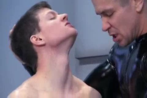 Rubber dom And Sm villein