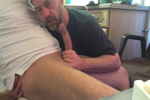 I Had Loads Of joy Playing With this chap's Bulge And Swallowing His gigantic 10-Pounder. fellatio Starts At Around 5 Mins