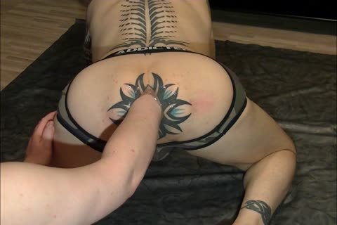My wazoo Getting Fisted After A lengthy Time Of no thing And To My Suprise My wazoo Took It And Wanted greater amount, It Gaped And Kept On Gaping