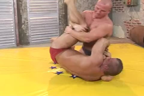 2 Bodybuilders Dominate And bunch-sex Hard (Br