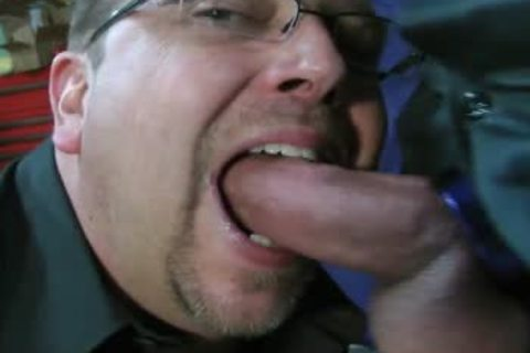 TEN MINUTES OF IN-YOUR-FACE, large, SLOPPY, SLIPPERY, knob-SLURPIN' ALL-MALE oral stimulation joy-service ACTION WITH ROB BROWN.  I'M completely LOVIN' THAT large VEINY PIECE OF penis!