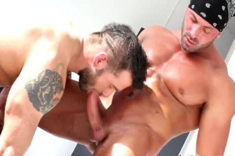 A meaty pair That have a fun arsehole banging