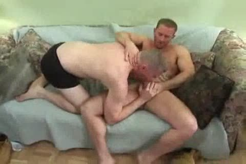 Tattooed Straight lad receives blowjob-sex And bonks A meaty dude