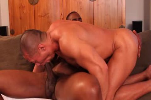 Rob Lee Sucks The cock Of Tyson Tyler