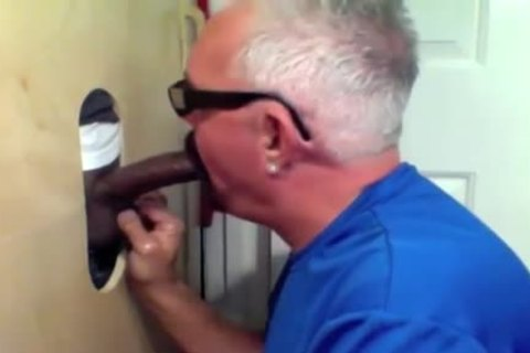 daddy lad Slobs All Over dark 10-Pounder At Glory hole