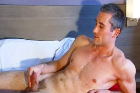 Full video: A virginal straight Neighbour acquires Serviced His gigantic penis By A lad!
