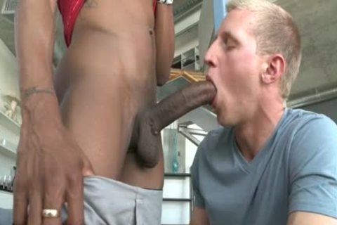 A Straight twinks gets Tricked Into Slurping Some Frightening darksome Skinned Hard Shaft