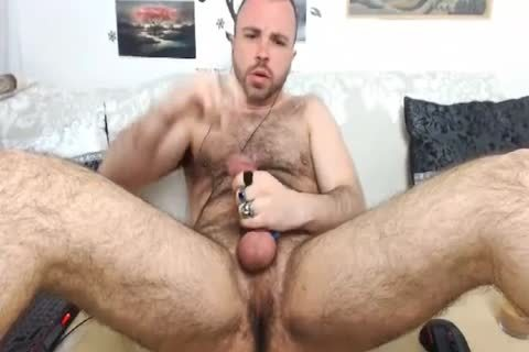 HairySexyStud. My Looks, Humor And Imagination Will Make you want to Come another time.