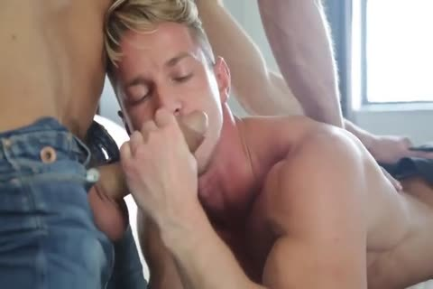 delicious Muscle boys pounding
