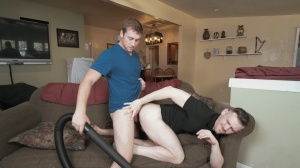 Getting A VJ - Connor Maguire & Jacob Peterson humongous 10-Pounder screw