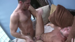 How To Keep Your man - Landon Conrad with Bobby Clark Nail