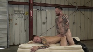 Warehouse Chronicles: Boot serf - butthole Hook up