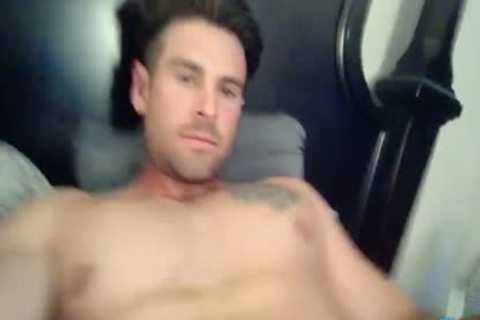 Sammy Lee On Flirt4Free - Hunk W big dick likes Sliding A sextoy In His butthole