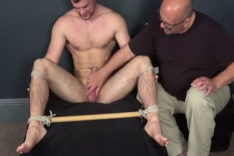 tied chap Serving