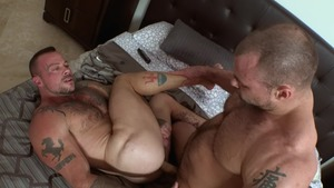 Sneaky Shower fuck - Sean Duran & Jaxx Thanatos 69 Love