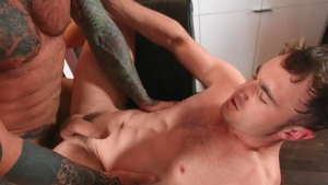 DrillMyHole.com: American Markus Kage cheating in the shower