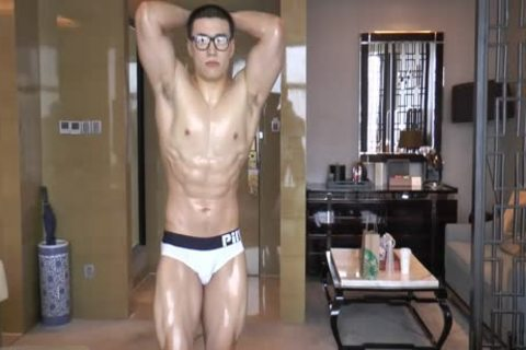 slut Chinese Swimmer Yong jerking off And love juice