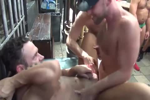MusclePup Logan Moore receives bunch pounded Barebacked bang