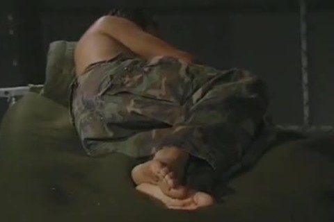 Hung Army guy Jerking And Cumming