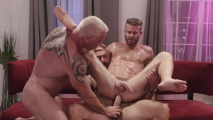IconMale - American Link Parker bareback blowjob cum