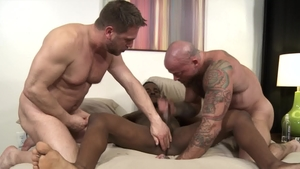 ExtraBigDicks.com - Brunette Pheonix Fellington rimming